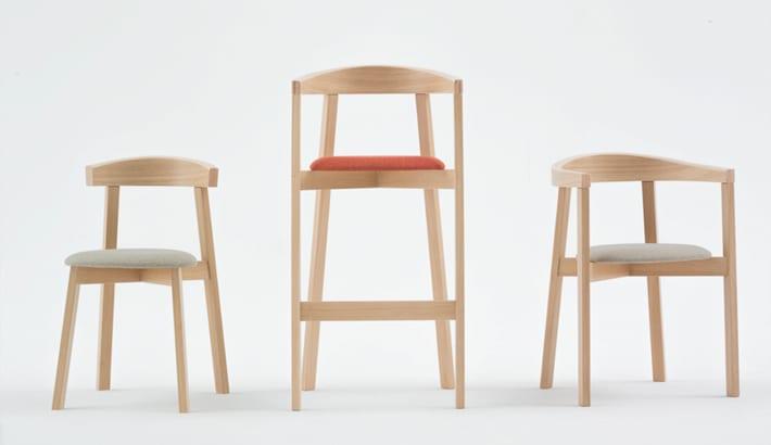 Kolekcja UXI - krzesła i hoker