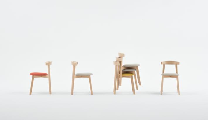 Krzesła z kolekcji UXI