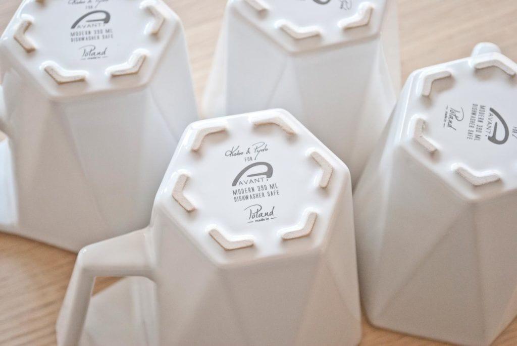 Spód kubka Modern projektu Kabo&Pydo dla Avant Fabryka Porcelitu