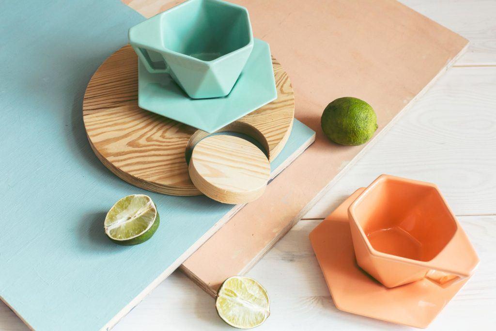 Pomarańczowa i zielona filiżanka Modern projektu Kabo&Pydo dla Avant Fabryka Porcelitu