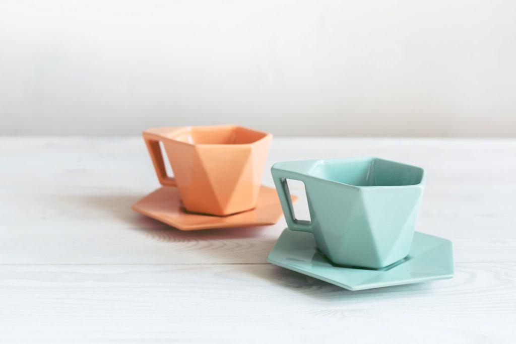Zielony i pomarańczowy kubek Modern projektu Kabo&Pydo dla Avant Fabryka Porcelitu