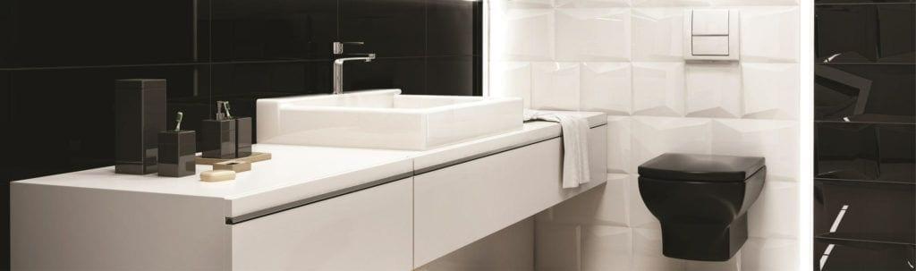 Umywalka w biało-czarnej łazience - Płytki ceramiczne Ceramika Paradyz kolekcja Maloli
