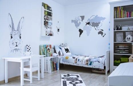 Monochromatyczny pokój dla przedszkolaka w skandynawskim stylu