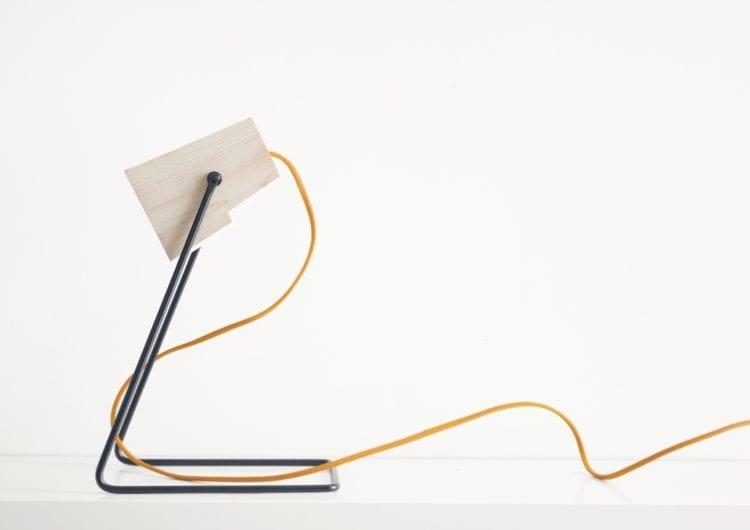 Bongo Design: lampa z jednego kawałka drewna