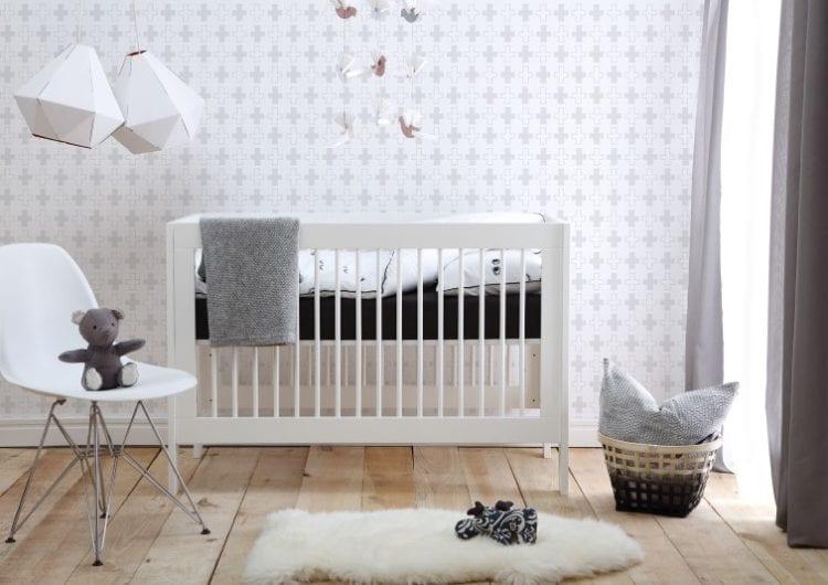 Pinio: łóżeczka o najbardziej podstawowych, klasycznych kształtach