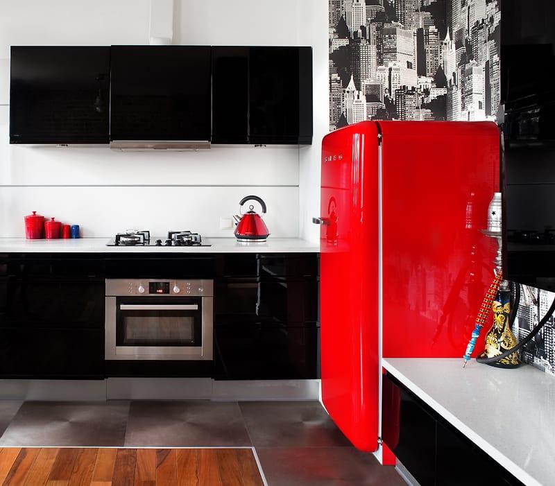 Czarno-czerwona kuchnia
