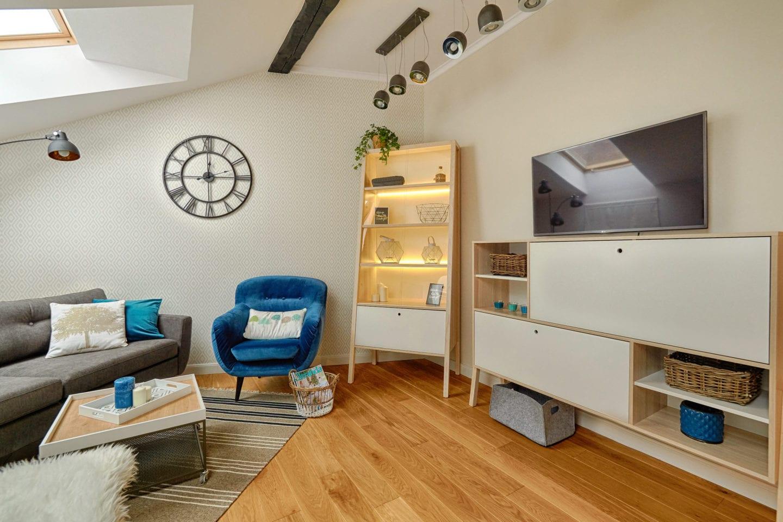 Naturalne surowce, jasne kolory czyli apartament w stylu skandynawskim