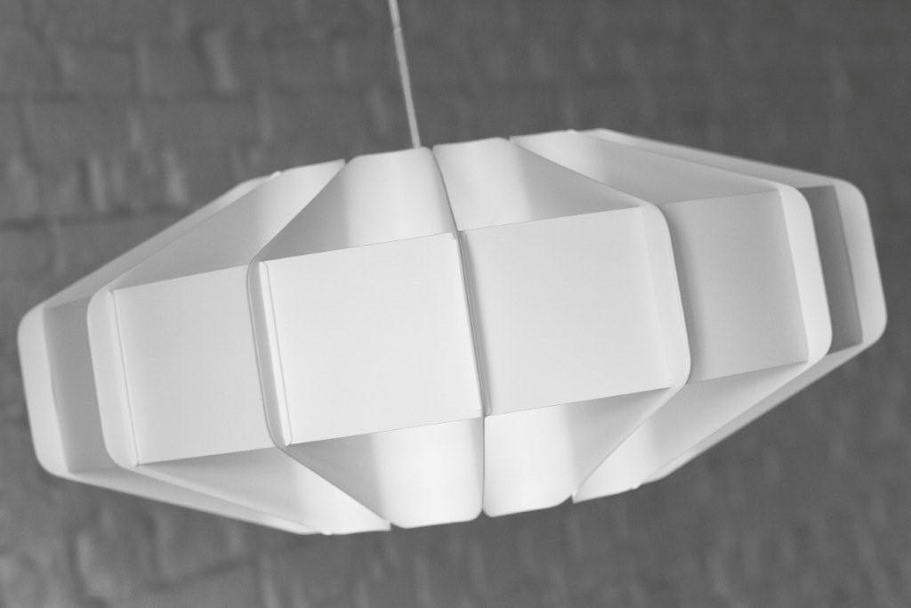 Lampa Alien projektu marki Kafti w kolorze białym #1
