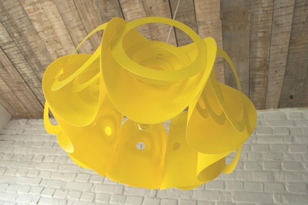 Lampa Submarine projektu marki Kafti w kolorze żółtym