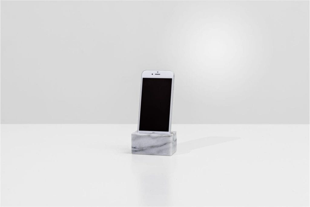 Living iPhone holder kolekcja Living od BoConcept