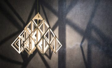 Nasu: lampa do samodzielnego złożenia niczym puzzle 3D