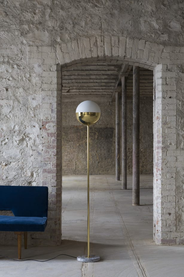 Francuska marka oświetlenia Magic Circus dostępna w Mesmetric Floor Lamp 01