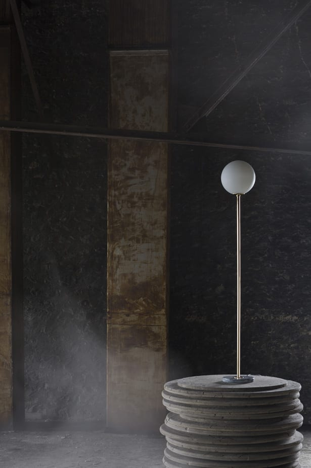 Francuska marka oświetlenia Magic Circus dostępna w Mesmetric Floor Lamp