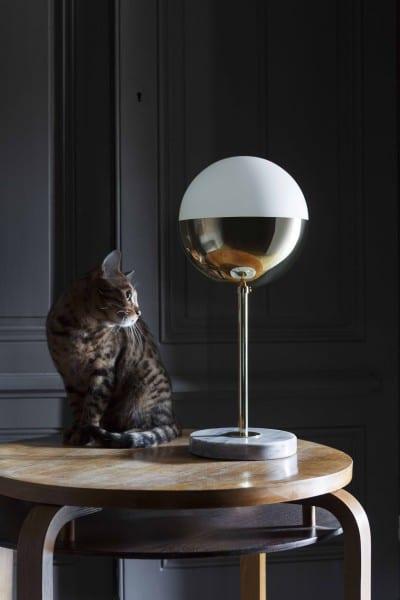 Francuska marka oświetlenia Magic Circus dostępna w Mesmetric Table Lamp 01