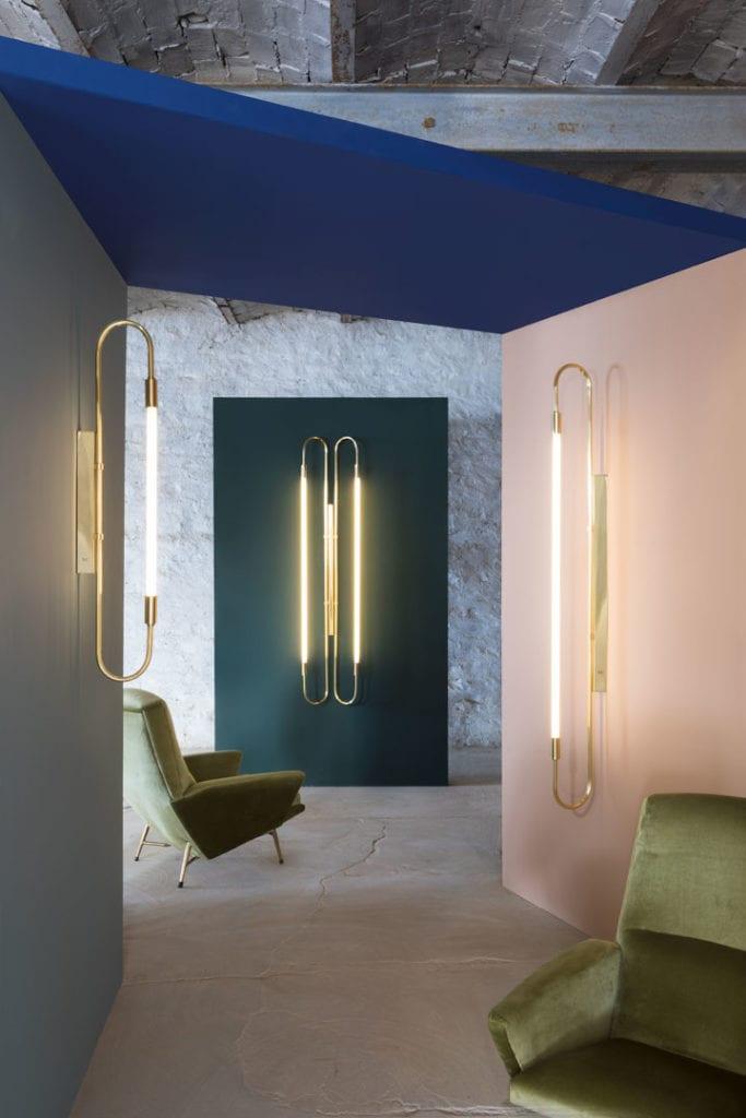 Francuska marka oświetlenia Magic Circus dostępna w Mesmetric Wall Lamp Neon Simple