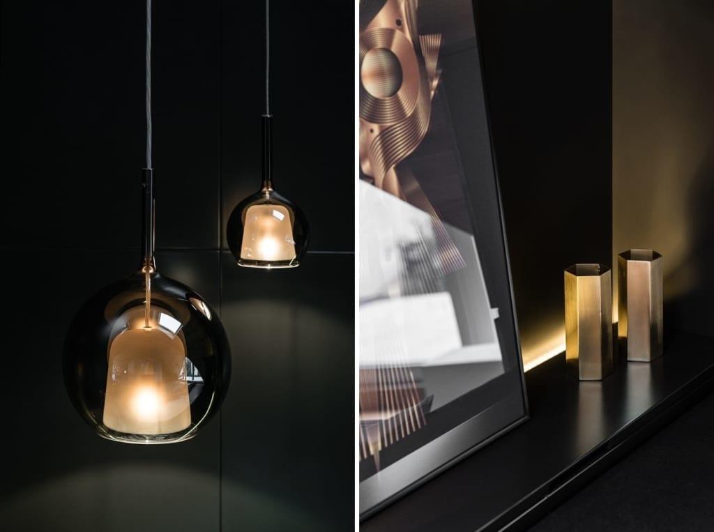 Sypialnia na poddaszu projektu pracowni Raca Architekci - wisząca lampa