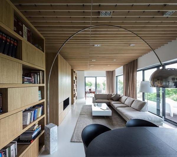 Apartament w Poznaniu idealnym miejscem dla kolekcji obrazów i mebli