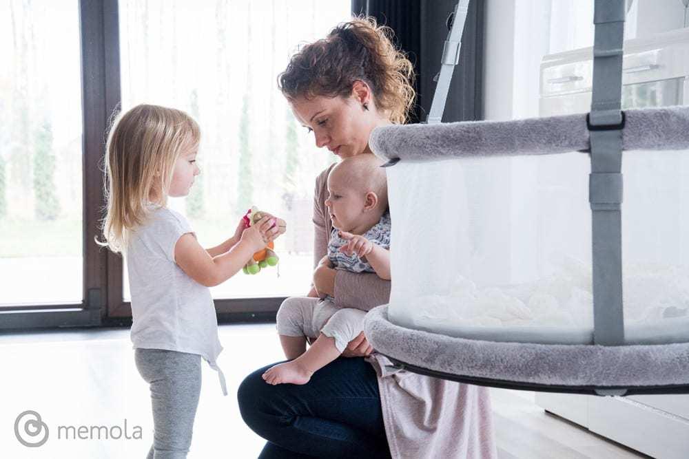 Innowacyjna kołyska dla dziecka Memola projektu Agnieszki Polinski