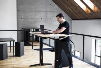 VANK: Stół, który porusza