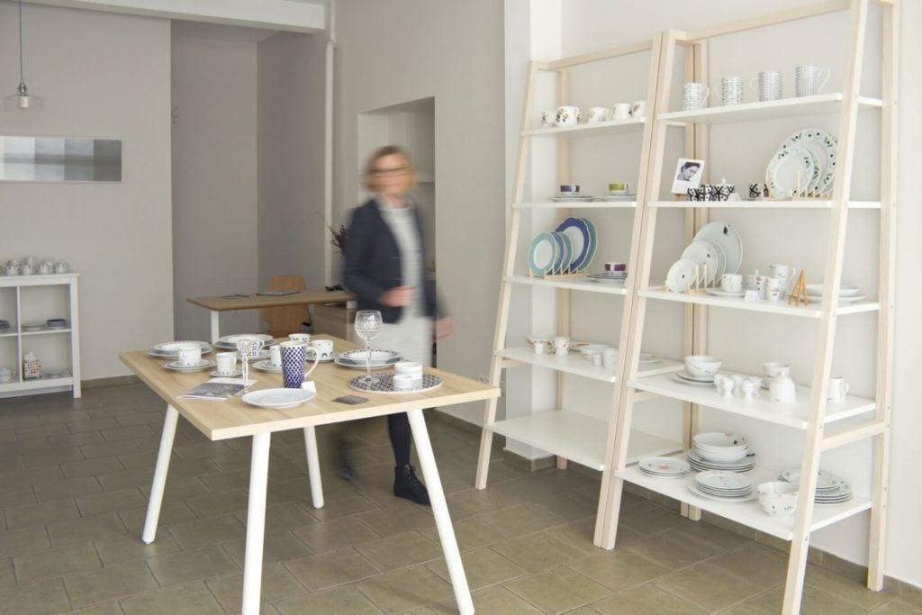 Wnętrza sklepu z polską ceramiką - Porcelanowa - Warszawa - Kredytowa 2