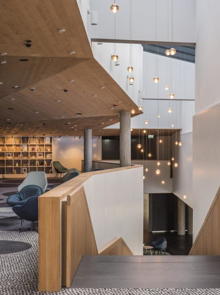 Piękne wnętrza Renaissance Warsaw Airport Hotel