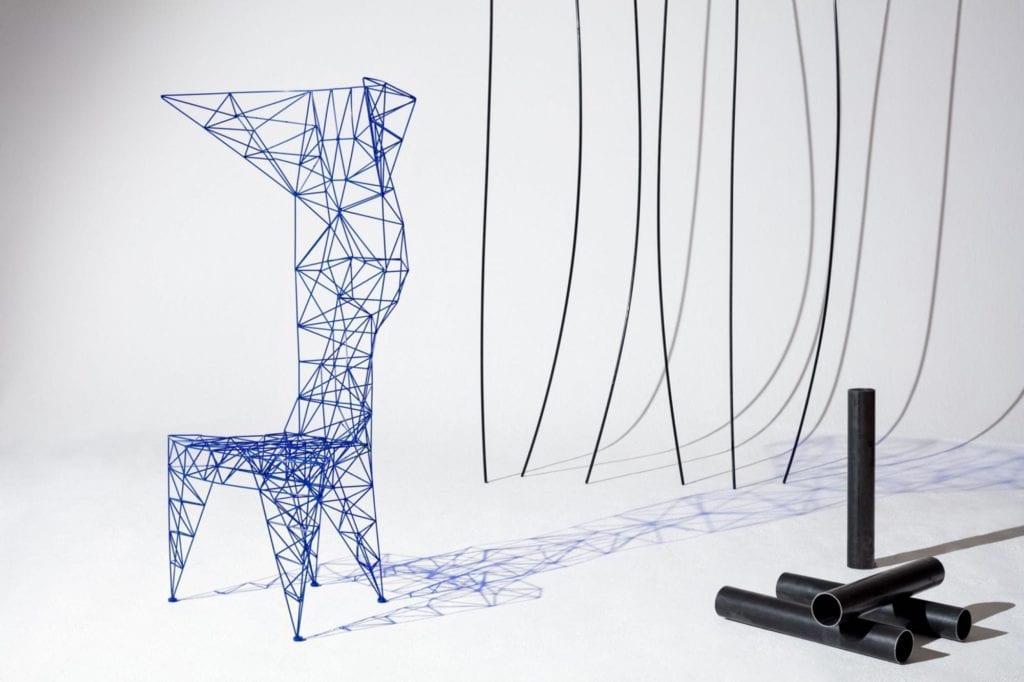 Krzesło Pylon projektu Tom Dixon (Foto. materiały prasowe)