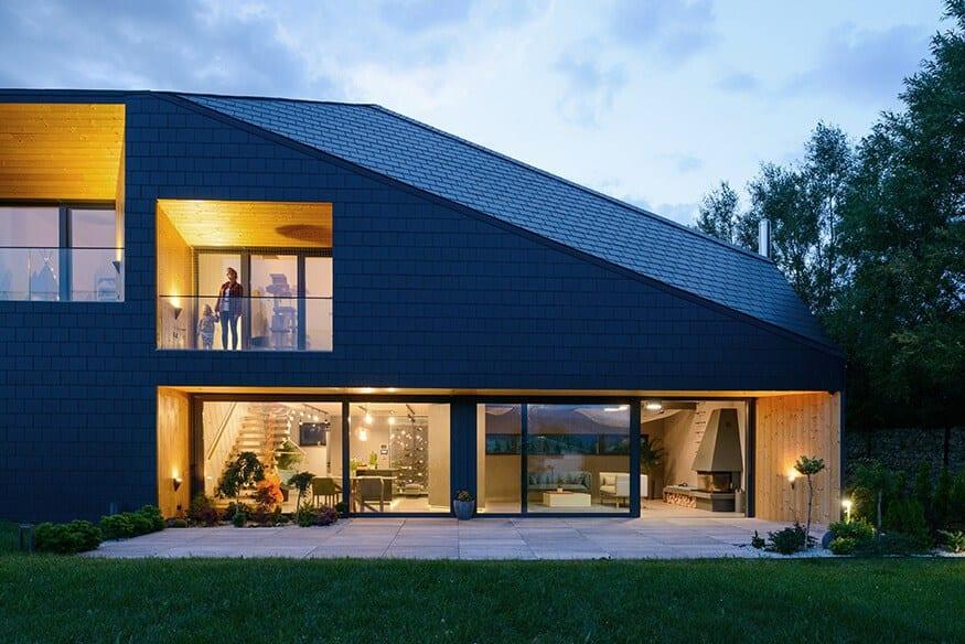 Front domu Czarna Skała projektu Mus Architects