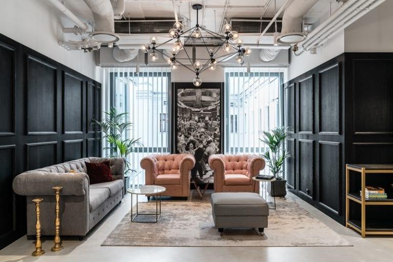 Biuro Solutions Rent Coworking projektu The Design Group