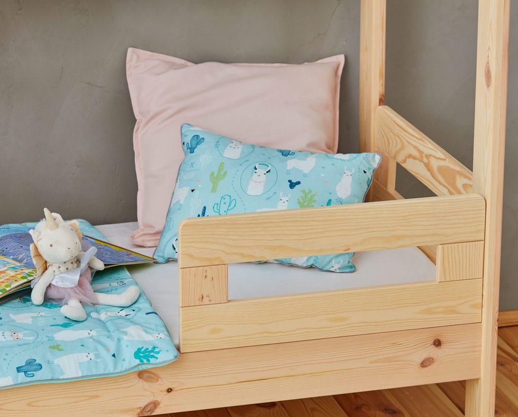 Łóżko Domek jak marzenie od marki Pinio