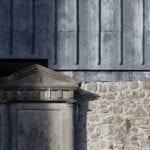 Muzeum w starym kościele stworzone przez McCullough Mulvin Architects