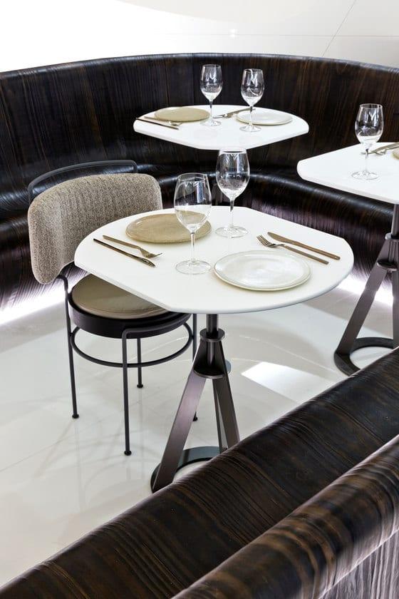 Wnętrza winiarni zaprojektowanej przez Arthur Casas
