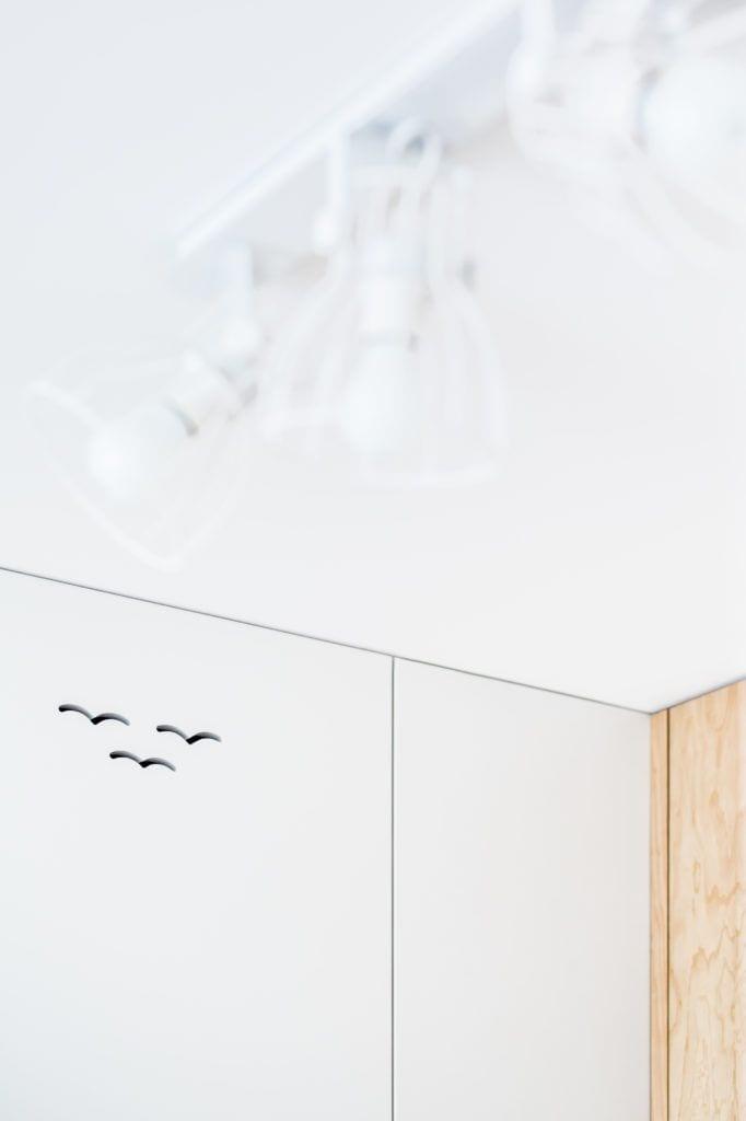 Jasne mieszkanie projektu Magdaleny Wieczorek z Besign Studio