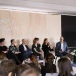 Uczestnicy panelu w pawilonie VOX podczas targów Meble Polska 2019