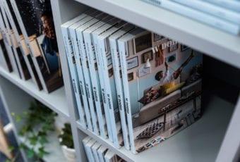"""""""W Domu"""" – książka która zachęca do uważności"""