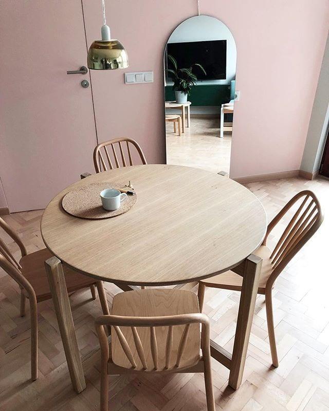 Stół od Nudo na Targi Wzory