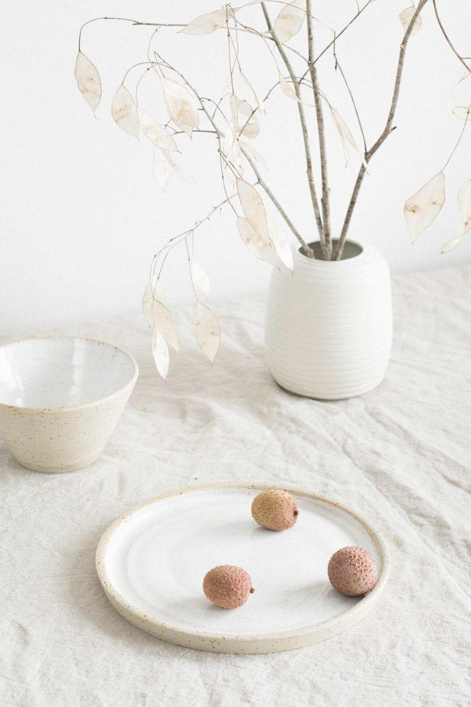 Zastawa z ceramiki od Mleko Living