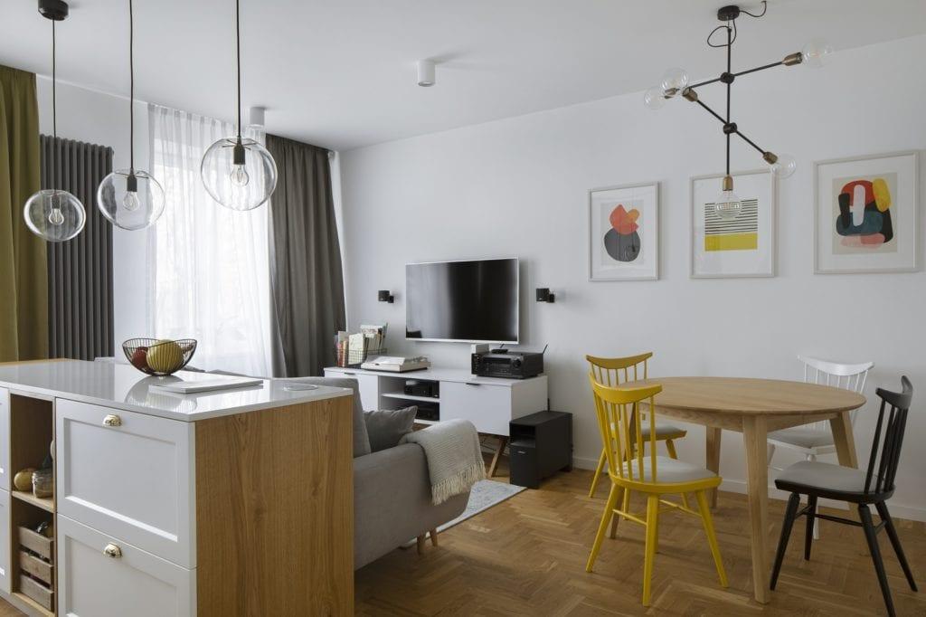 Mieszkanie w apartamencie z podłogą w Jodełkę