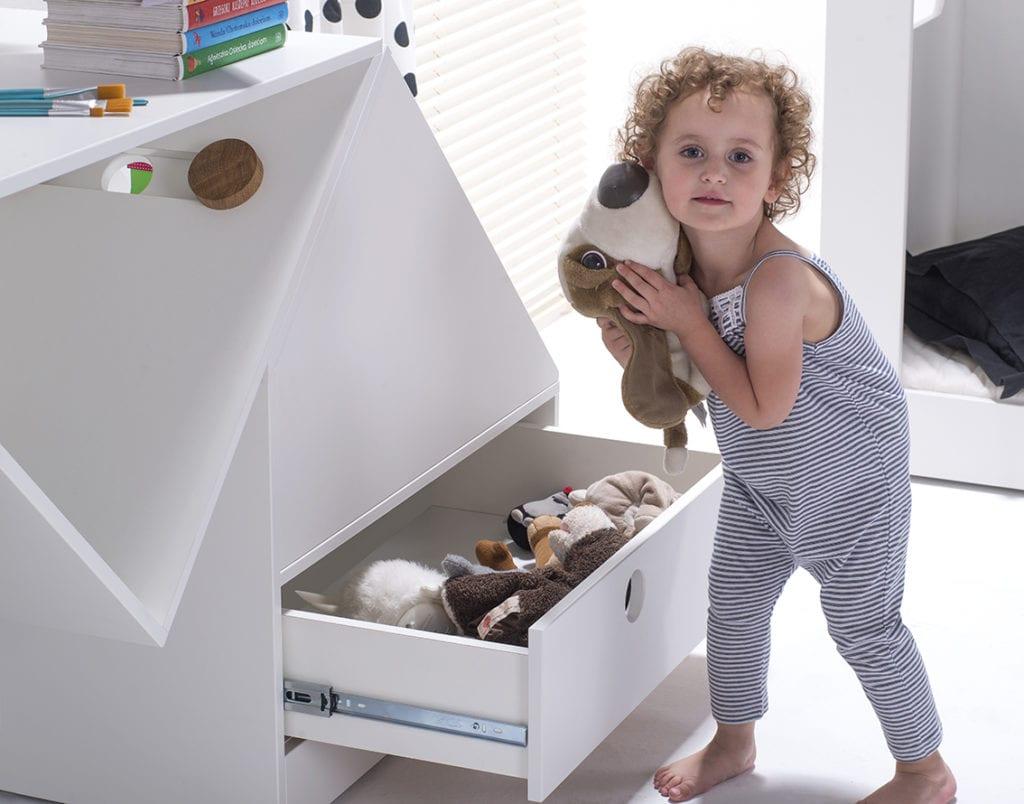 Marka HookPook i minimalistyczne meble dla dzieci