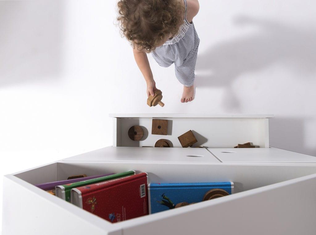 Marka HookPook i solidne, białe meble dla dzieci