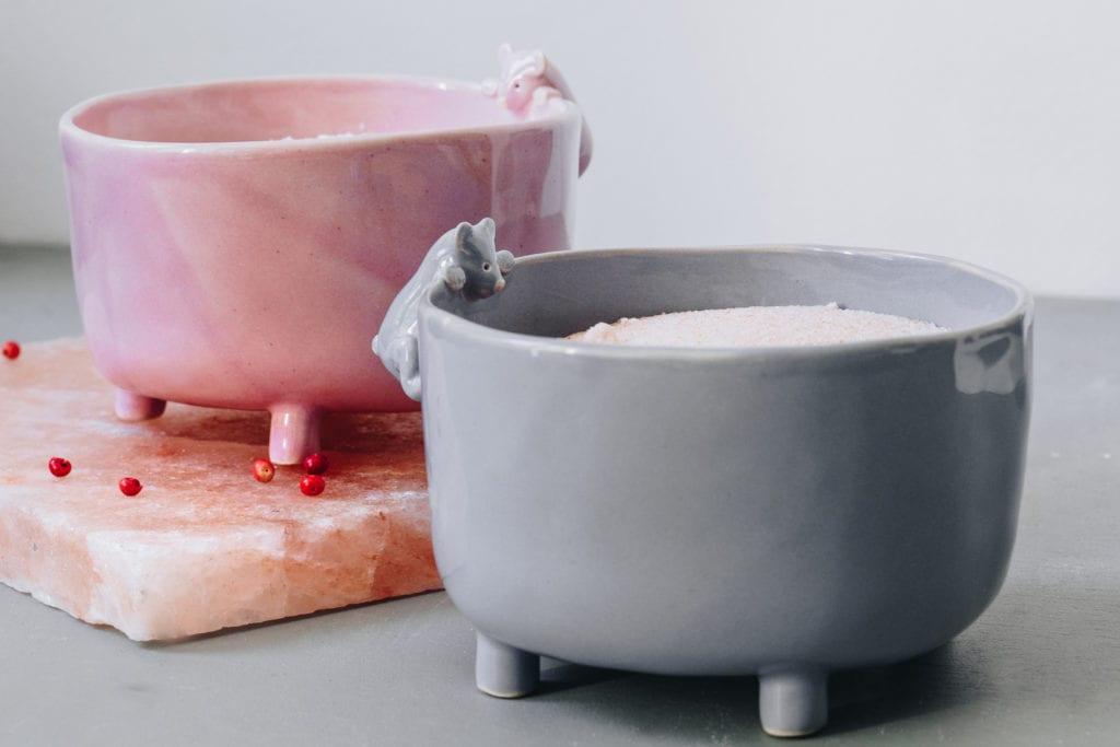 Szara ceramiczna miseczka na cukier