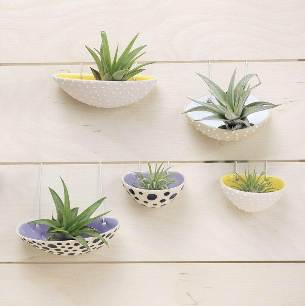 Propozycja prezentu na dzień matki - ceramiczne podstawki na rośliny od Vaczor
