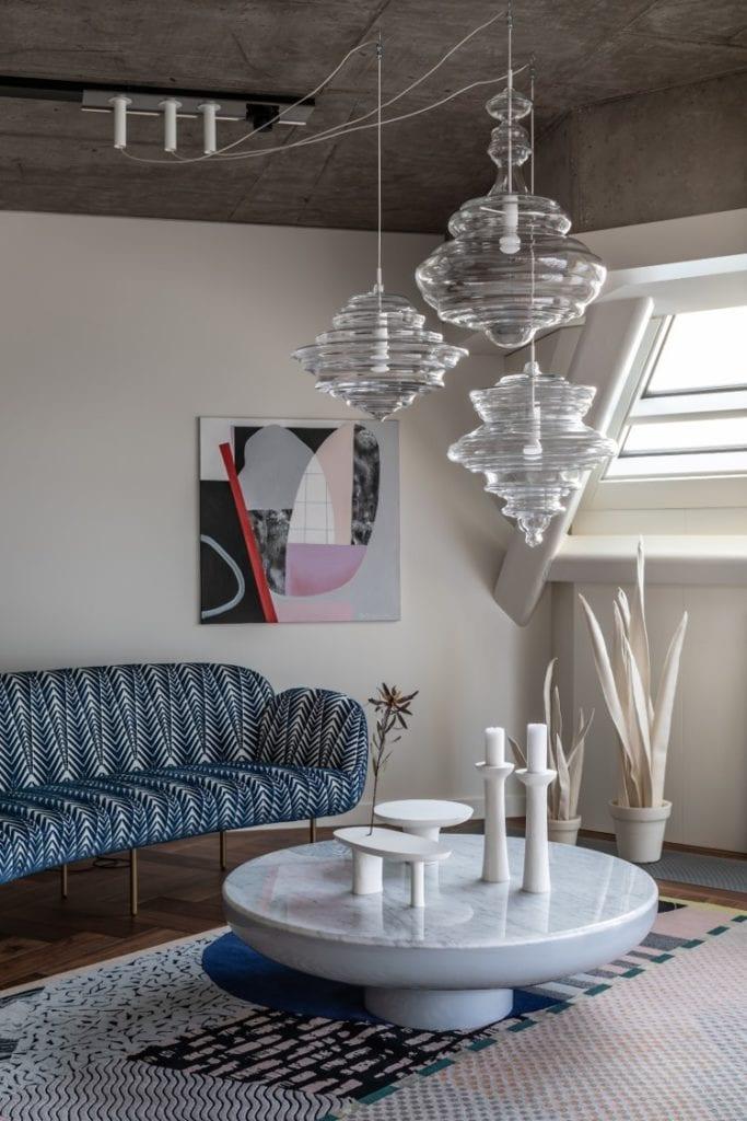 Salon w apartamentcie Sky Loft projektu Kooku Konrad Kudraszow