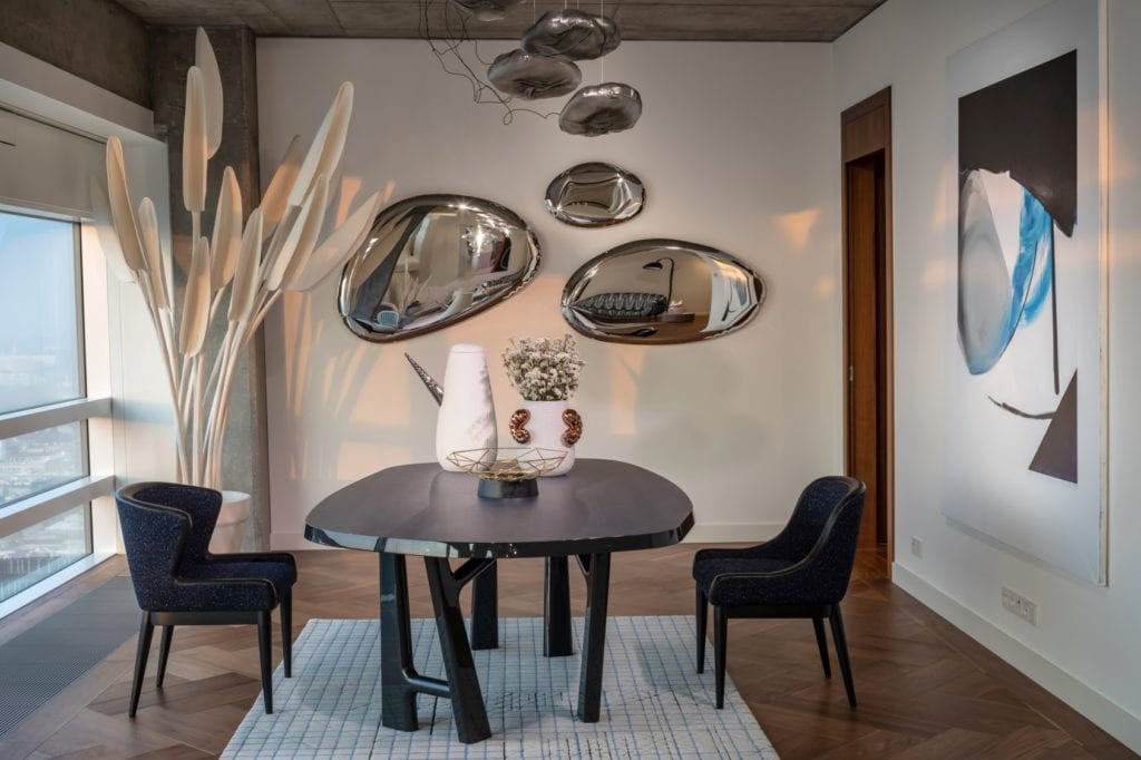 Jadalnia w apartamentcie Sky Loft projektu Kooku Konrad Kudraszow