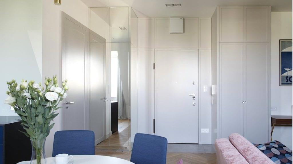 Jasny apartament na warszawskim Powiślu projektu Sojka & Wojciechowski