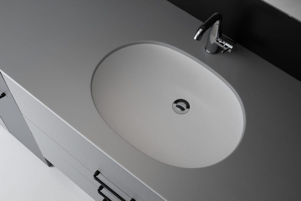 Umywalka widziana z góry