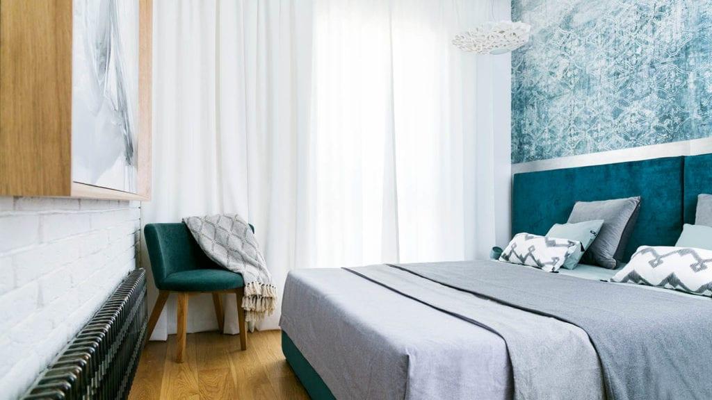 Sypialnia w mieszkaniu w Łodzi projektu pracowni 3DProjekt w stylu steampunk