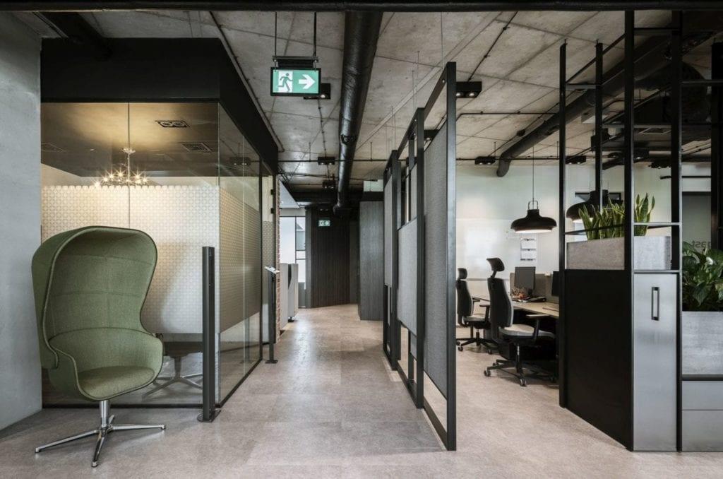 Wnętrza w biurze firmy Stalgast projektu MADAMA