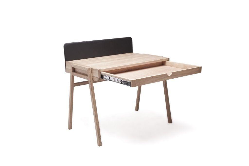 Biurko Grafo Hennil dostępne w Good Inside - wybieram polski design