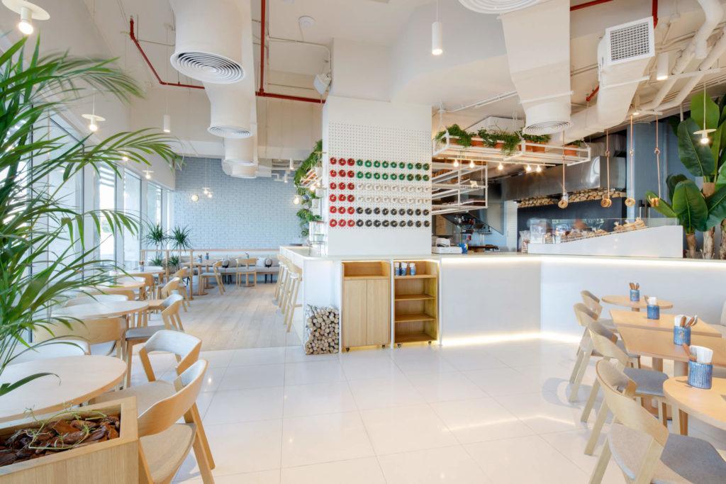 Kawiarnia Bagel Yard Cafe w Dubaju projektu H2R Design