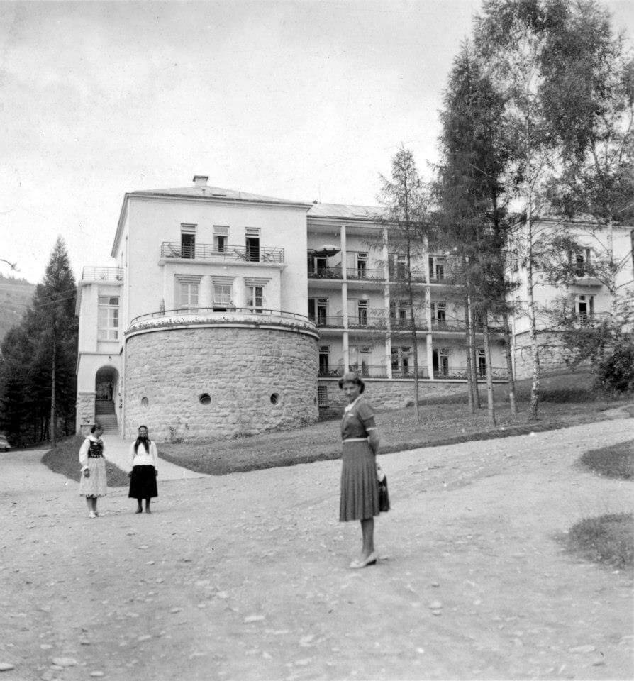 Stare zdjęcie Modrzewie Park Hotel